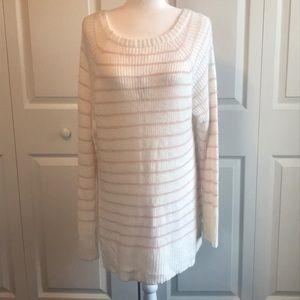 Laura Conrad Sweater. NWT.